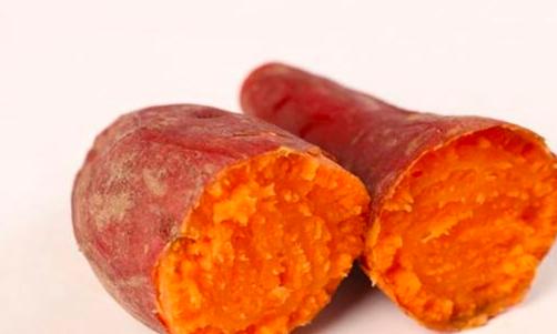 红薯翻藤控旺想增产,却出现黄叶,这是怎么回事?
